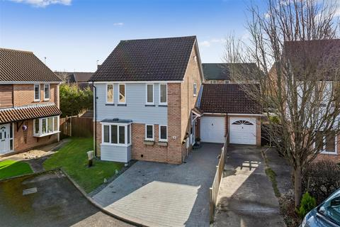 4 bedroom detached house for sale - Bucksford Lane, ASHFORD