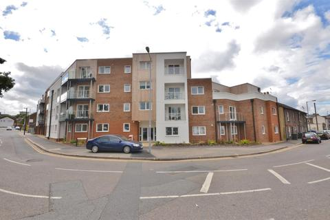 1 bedroom apartment to rent - Highview court, Close to Town Centre