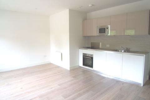 1 bedroom flat to rent - Mondial Way, Hayes, UB3 5AR