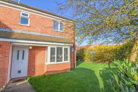 2 bedroom terraced house for sale - Lincoln Crescent, Biggleswade, SG18