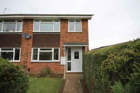 3 bedroom end of terrace house to rent - Campion Way, Flitwick, MK45