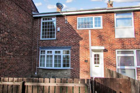 3 bedroom terraced house to rent - Netherdale, Bedlington, Northumberland, NE226HB