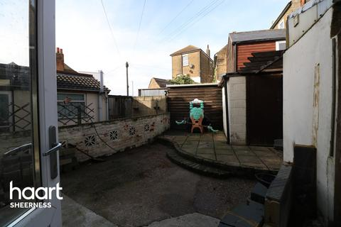 2 bedroom terraced house for sale - Victory Street, Sheerness