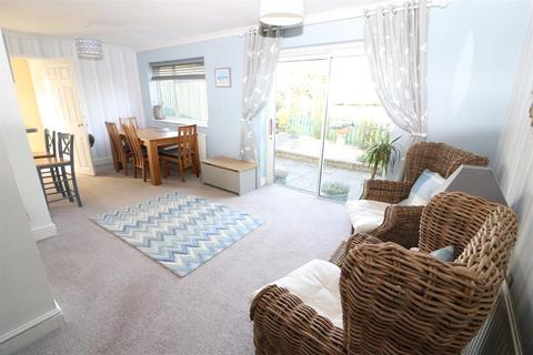 3 bedroom semi-detached house for sale - St. Marys Way, Yate, Bristol, BS37 7AR