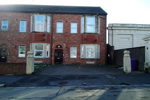2 bedroom flat to rent - Deane Road, Liverpool  L7
