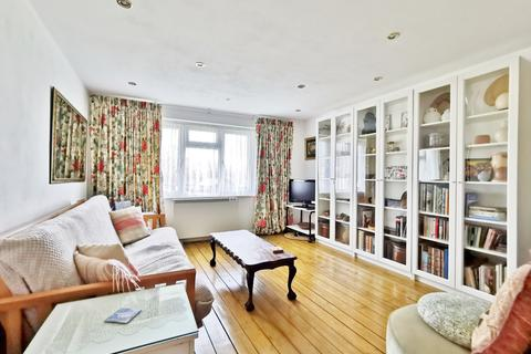 1 bedroom flat for sale - Whitmore House, East Crescent N11