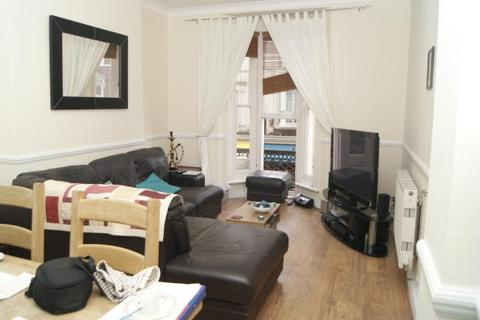 2 bedroom flat - Dalkeith Steps, Bournemouth BH1