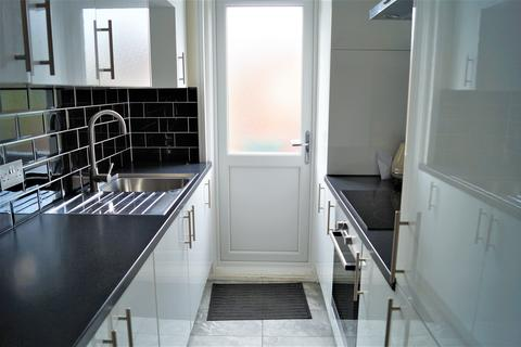 2 bedroom flat to rent - Orpington Mansions, Orpington Road, Winchmore Hill N21