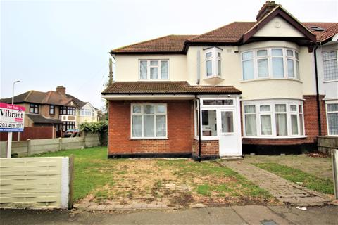5 bedroom semi-detached house for sale - Mawney Road, Romford RM7