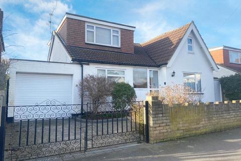 4 bedroom detached house for sale - Ashford, Surrey, TW15