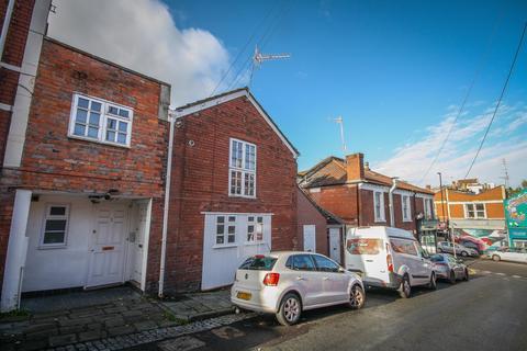 2 bedroom ground floor flat for sale - Collards Mews , Braunton Road, Bristol, BS3 3AA