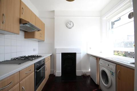 Studio to rent - South Villas, Camden, London, NW1