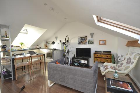 Studio to rent - Cromwell Road, St. Andrews, BRISTOL, BS6
