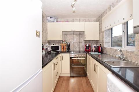 3 bedroom end of terrace house for sale - Westerhout Close, Deal, Kent
