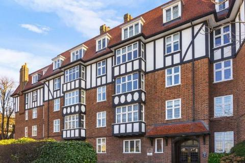 3 bedroom apartment to rent - Finchley Road, London, NW2