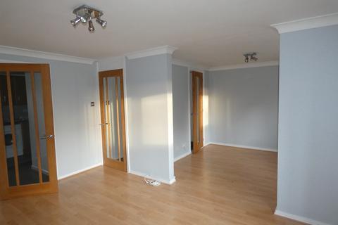 2 bedroom maisonette to rent - Lulworth Court, Dundee DD4