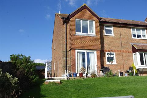2 bedroom apartment for sale - 3 Meadow Court, Bridport, Dorset, DT6