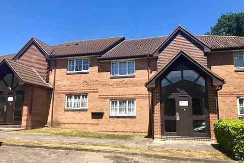 1 bedroom apartment for sale - Vermont Close, Waverley Road, Enfield, Hertfordshire, EN2