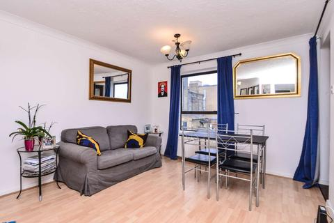 2 bedroom flat for sale - Manchester Road, Isle of Dogs, London