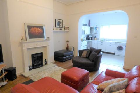 2 bedroom flat for sale - Balmoral Road, Lower Parkstone