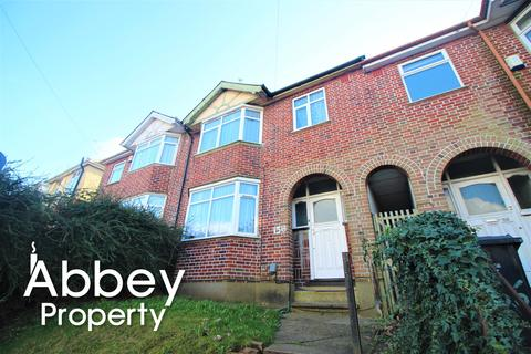 3 bedroom terraced house to rent - Cowper Street, Luton, LU1