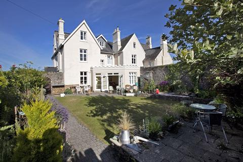 6 bedroom semi-detached house for sale - Newton Abbot