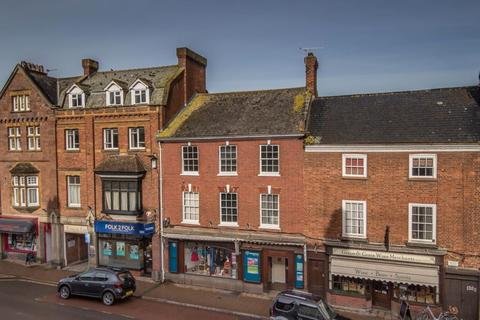 2 bedroom apartment to rent - High Street, Crediton