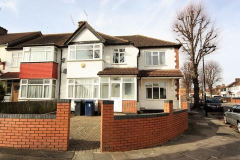 3 bedroom end of terrace house to rent - Portland Crescent, Greenford