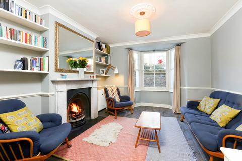 3 bedroom maisonette for sale - Penshurst Road, South Hackney, London, E9