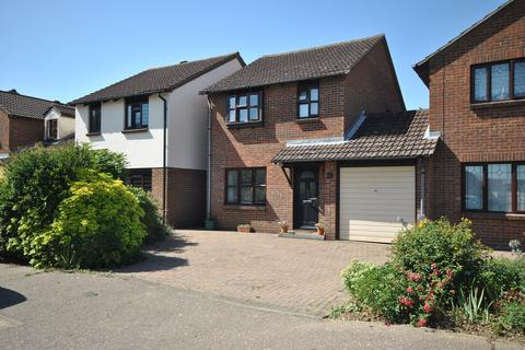 3 bedroom link detached house for sale - Bonington Chase, Springfield, Chelmsford, CM1