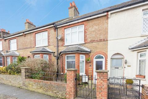 3 bedroom house for sale - Downs Road, Walmer, Deal