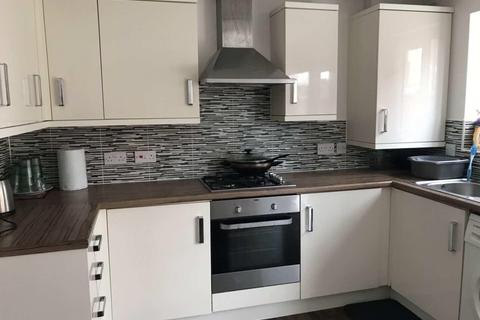 5 bedroom house to rent - Denewell Avenue, Manchester,
