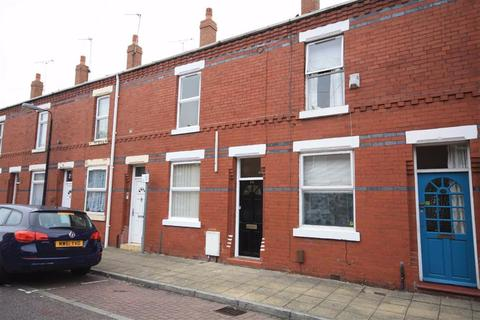 2 bedroom terraced house to rent - Ventnor Avenue, Sale