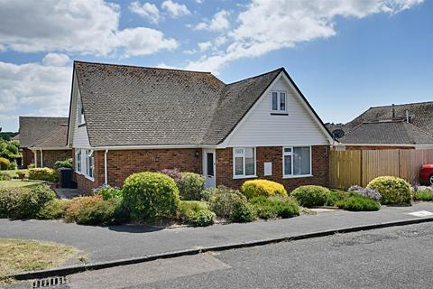 4 bedroom detached house for sale - Alfriston Close, Bexhill-On-Sea