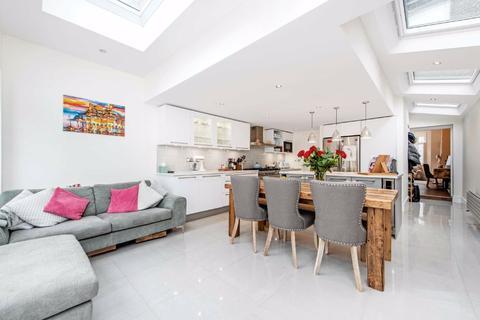 4 bedroom terraced house for sale - Kimberley Road, London, London