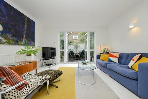 3 bedroom mews for sale - Palatine Avenue, London