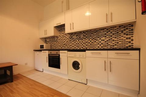 2 bedroom apartment to rent - St Andrew's Street, City Centre