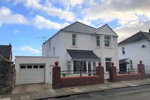 3 bedroom detached house for sale - Cambridge Street, Barry