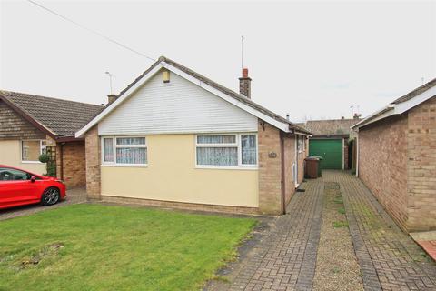 2 bedroom detached bungalow for sale - Normandy Avenue, Beverley