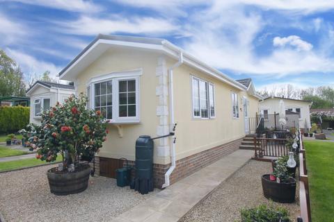 1 bedroom park home for sale - Warren Park, Boxhill, Tadworth KT20