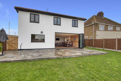 5 bedroom detached house for sale - Westwood Road, Broadstairs