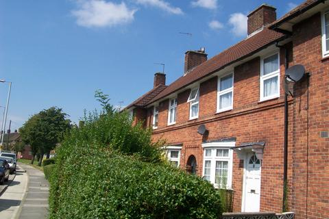 1 bedroom ground floor maisonette to rent - The Roundway, London N17