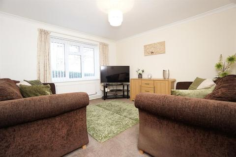 2 bedroom ground floor flat for sale - Severn Court, Broomhill, Sheffield, S10 2UF