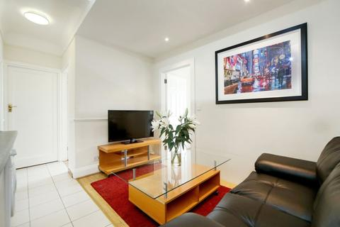 3 bedroom apartment to rent - Great Cumberland Place, Marylebone
