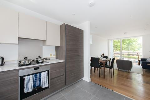 2 bedroom flat to rent - Sotherby Court, 43 Sewardstone Road, London, E2