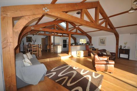2 bedroom barn conversion to rent - Lyvers Lane, East Grimstead, Salisbury