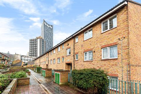 2 bedroom flat for sale - Winchester Close Walworth SE17