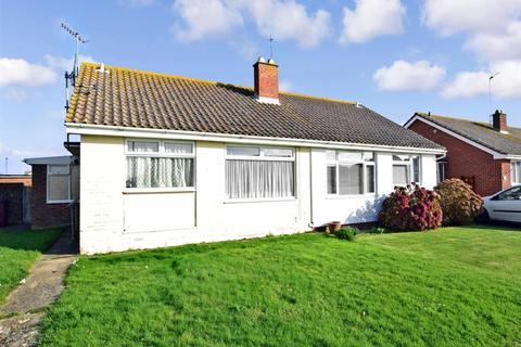 2 bedroom semi-detached bungalow to rent - Broad View Selsey PO20