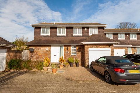 4 bedroom detached house for sale - Rustic Park,  Telscombe Cliffs, BN10
