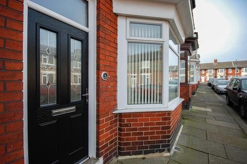 2 bedroom terraced house for sale - Scarborough Street, Loftus, TS13